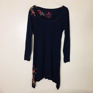 JW Los Angeles Navy Embroidered Dress. M